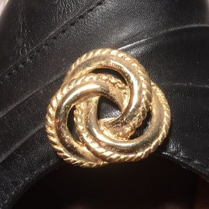 Vintage Jewelry for your Shoes Clip On Gold Tone